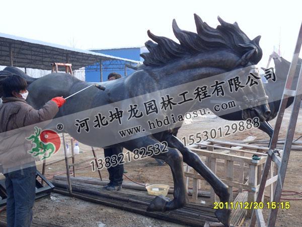 玻璃鋼雕塑制作施工現場