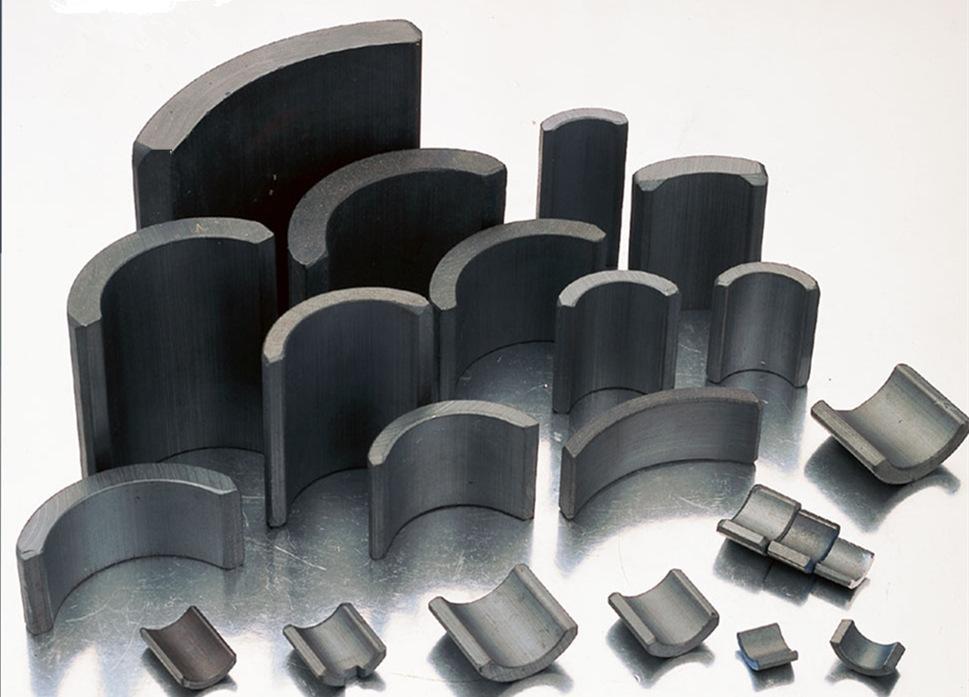 瓦形磁鐵是瓦磁又叫磁瓦-通常用于電機上