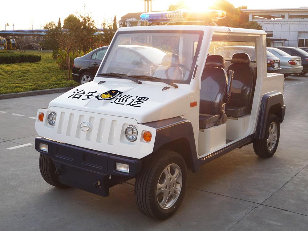 L104C小悍马巡逻车