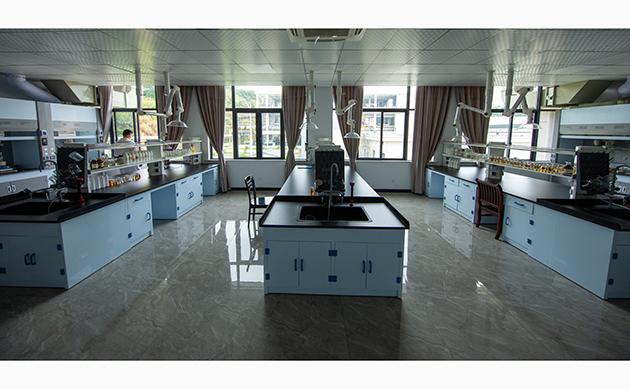 研發中心實驗室 (1)
