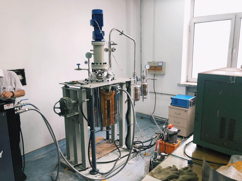 液壓升降系統