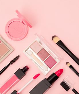 化妆品、日用品