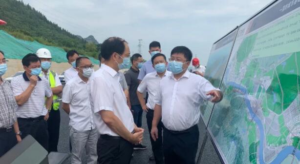 宜昌市副市長劉豐雷調研江城大道項目