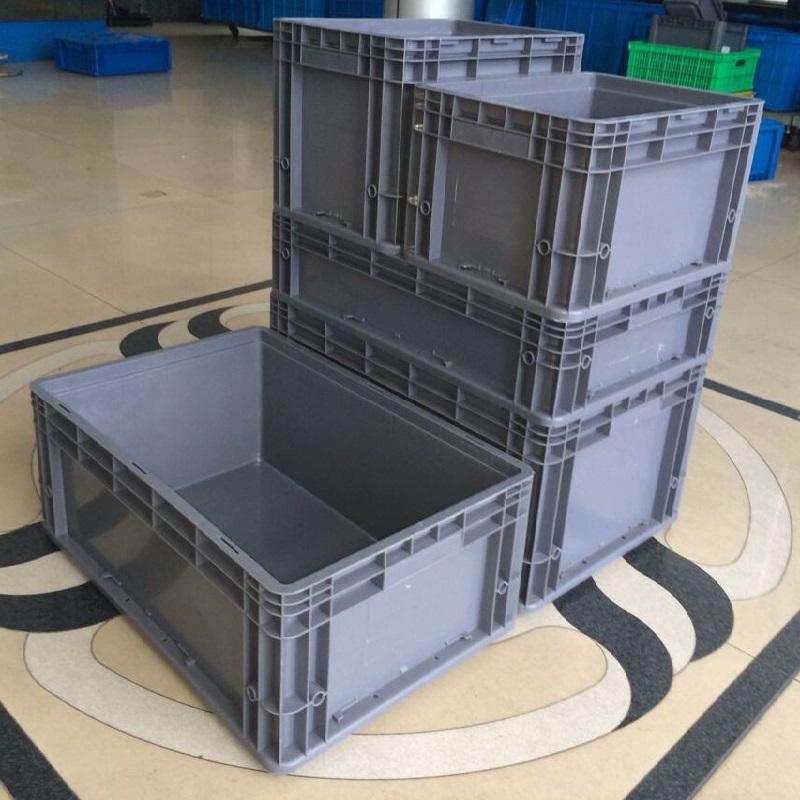 600物流箱堆放4
