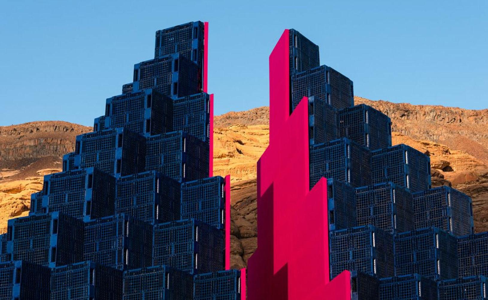 沙漠里辦的藝術展,不毛之地秒變打卡地標