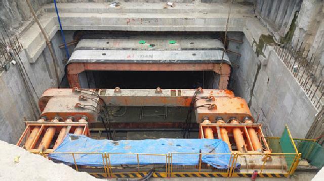 武漢萬象城綜合體項目紅線外地鐵7號線取水樓站地鐵連通道施工工程