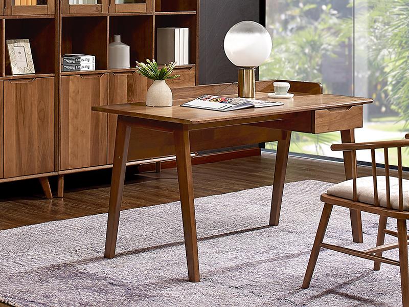 書桌、公主椅
