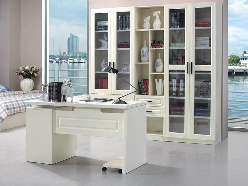 書桌、書柜