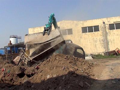 改裝定做安裝各種品牌型號的挖掘機