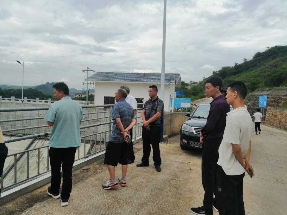 黔西南州水务局局长对尖山水库汛期督导检查指导工作