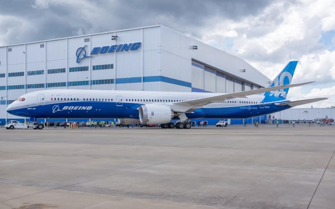 大陸希望集團旗下希望深藍空調制造有限公司在國際招標中脫穎而出,空調機組成功入駐:BOEING  (波音)歐洲工廠 、埃尼石油總部、意大利電信集團等歐洲標志性項目。