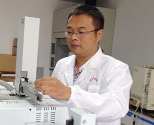 黃國波教授