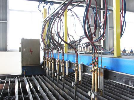 钢结构厂房降温的三种方法
