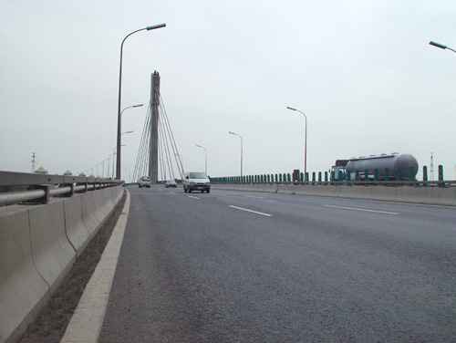 北京市石景山南高架轉體斜拉橋防水工程